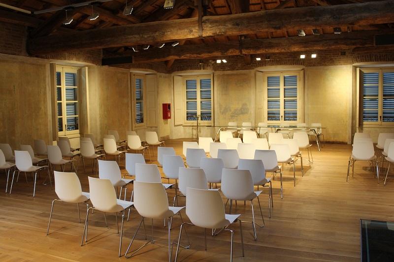 Le métier d'hôtesse d'accueil  évènementiel : l'essentiel à savoir