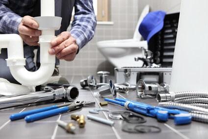 Les astuces pour bien choisir un plombier