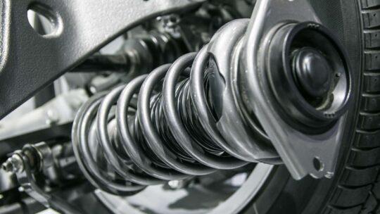 Conseils pour entretenir et remplacer les amortisseurs d'un véhicule
